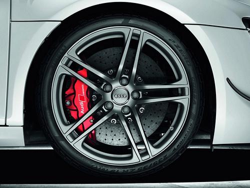 Audi-R8_GT_2011_1600x1200_wallpaper_0f.jpg