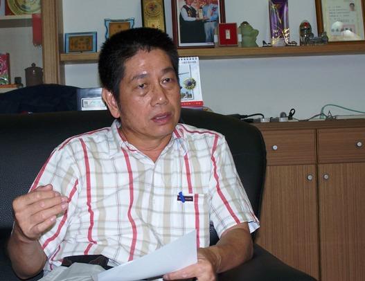 現職台東薇風廣場民宿負責人,台東縣民宿旅遊發展協會理事長