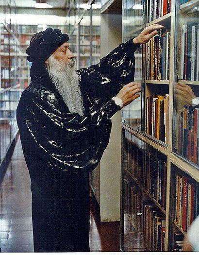 ____Osho_library.jpg
