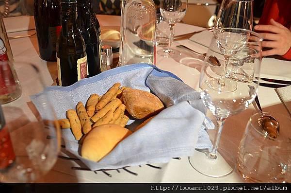 AJ in Italy day4_4156.jpg
