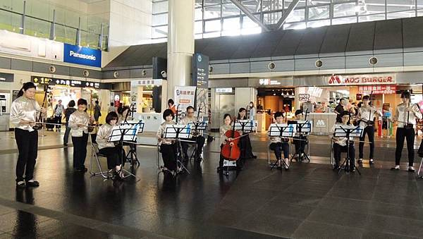0526013高鐵台南旅人.jpg