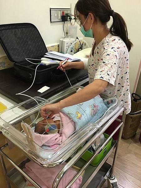 0802020新生兒聽力篩撿.jpg