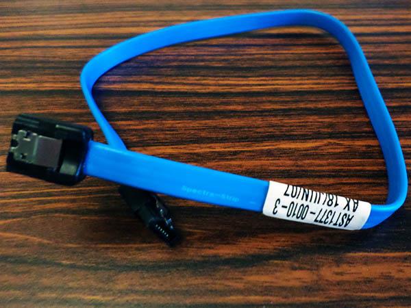 Amphenol 安費諾 spectra-strip 雙鐵扣 SATA 排線