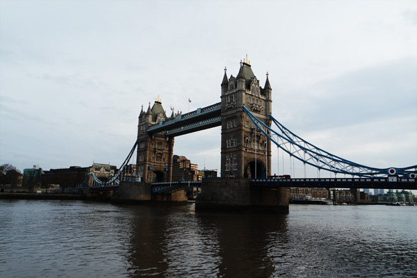 倫敦塔橋(Tower Bridge)