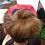 第一種:「大腸髮飾纏一纏」包頭