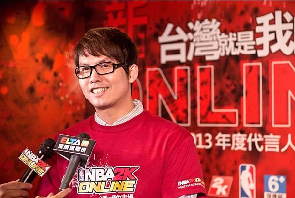 體育主播張立群替《NBA2K ONLINE》進行配音