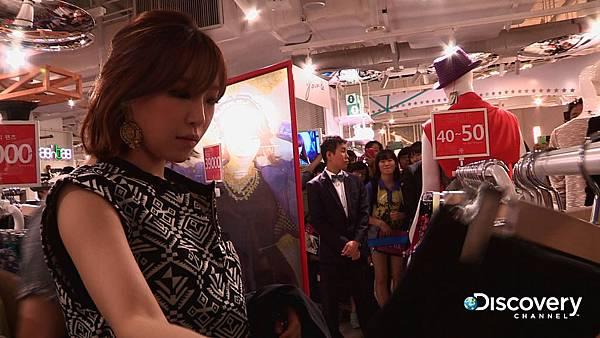 韓國女星孫佳仁努力不懈打造個人時尚風格,進而自創服飾品牌