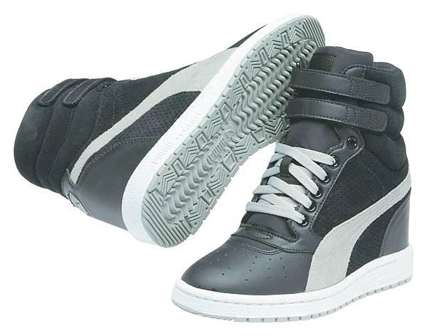 35542708_PUMA Sky Wedge Reptile運動風高筒楔型鞋 建議售價:NT$ 3,280