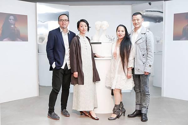 左起 中國藝術家瞿廣慈、向京、台灣表演藝術家林秀偉、吳興國 2
