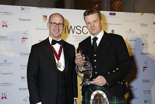 酒界奧斯卡獎IWSC.肯定格蘭父子洋酒「全球最佳蒸餾集團」至高榮耀