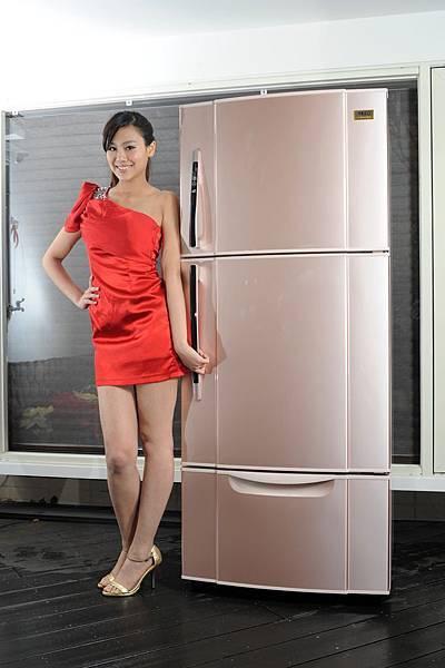 【新聞照3】東元大鮮綠冰箱 大容量滿載新春鴻運能量