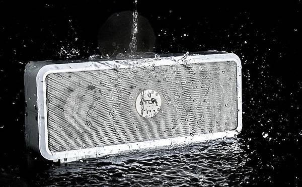 TDK LoR A33無線藍牙喇叭防水防塵達IP64認證,全天候適用,隨時擁有好音樂