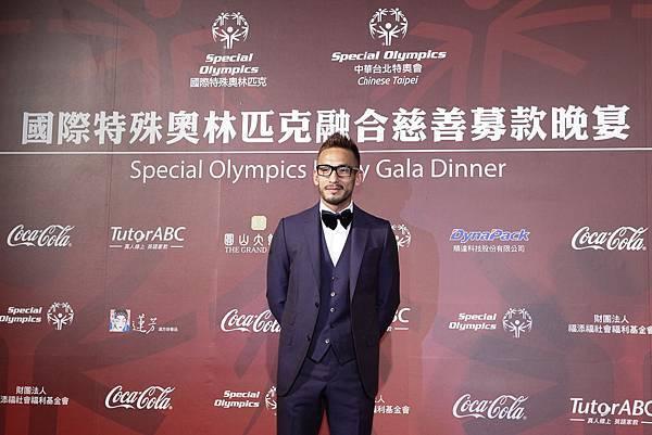 前日本國家隊足球運動員中田英壽先生,受邀出席中華台北特奧會首度籌備的慈善募款晚宴,支持對智障人士接納、包容和尊重的理念。