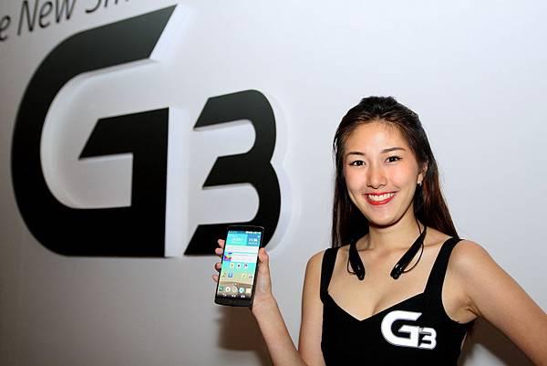 LG G3 1,300萬畫素相機並採用OIS+光學防手震技術,搭配業界首創射自動對焦功能,即使在低光源中仍能拍出完美照片。