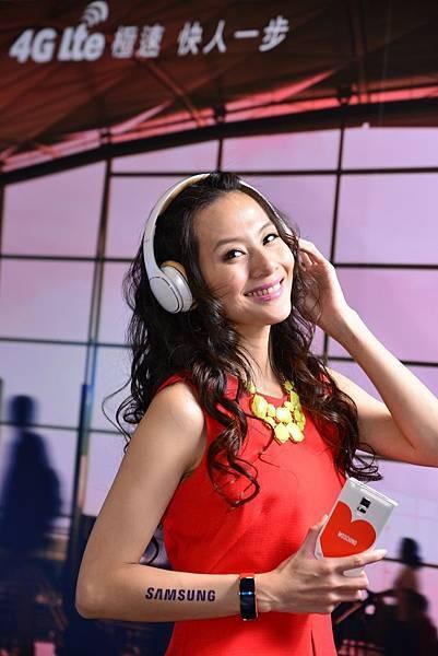 三星推出直覺操作耳罩Samsung Level系列 增強降噪功能 感受原音重現環繞音效