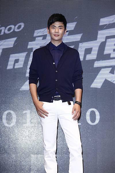 張曉龍穿著ZEGNA出席九把刀電影《打噴嚏》記者會-2