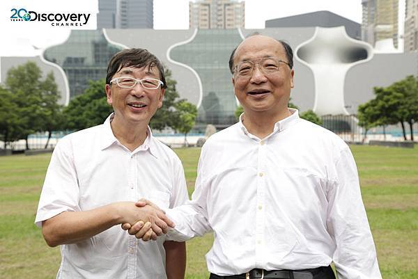 Discovery頻道《建築奇觀:台中國家歌劇院》記錄台灣工程團隊挑戰國際建築大師伊東豊雄的前衛設計,台中市長胡志強也強調,台中國家歌劇院將成為台灣人的驕傲。