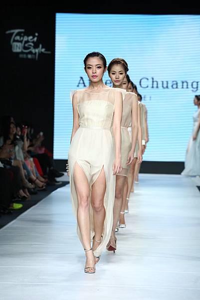 台北魅力展向來是國內新銳設計搖籃,圖為Athena Chuang春夏系列