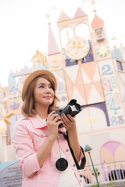 莎莎於小小世界捕捉幸福畫面