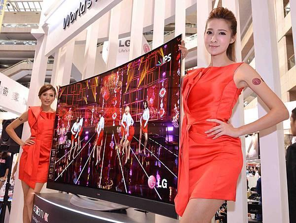台灣LG電子看好台灣高端消費電視市場,搶先於資訊月曝光全球最大77吋OLED TV