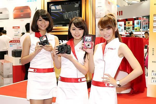 圖說二, Canon於台北資訊月展示新款EOS 7D Mark II、PowerShot G7 X、PowerShot N2,還有小甜心駐點解說、推薦最適合您的優質產品!