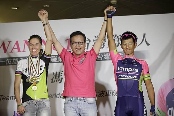 美利達從登山車第一走向公路車世界一流品牌,世界冠軍Gunn-Rita(左)與台灣驕傲馮俊凱(右)受美利達贊助完成夢想