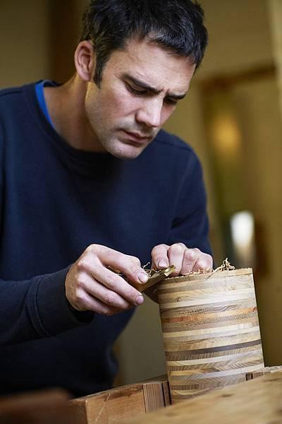 蘇格蘭手工大師Sam Chinnery純手工打造THE BALVENIE百富50年珍稀威士忌系列外盒