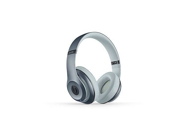 Beats New Studio Wireless_Metallic Sky2