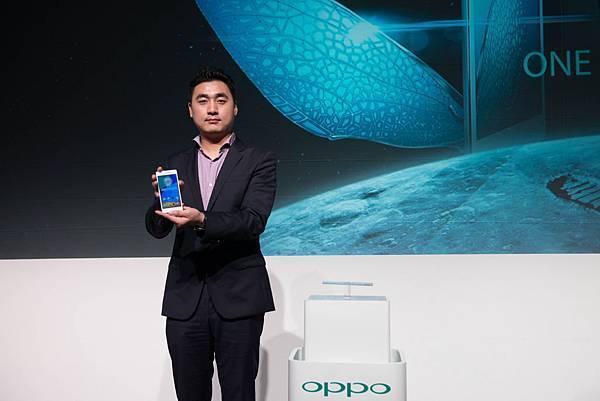 OPPO Taiwan CEO何濤安重磅宣佈4G手機新品OPPO N3和R5正式登台