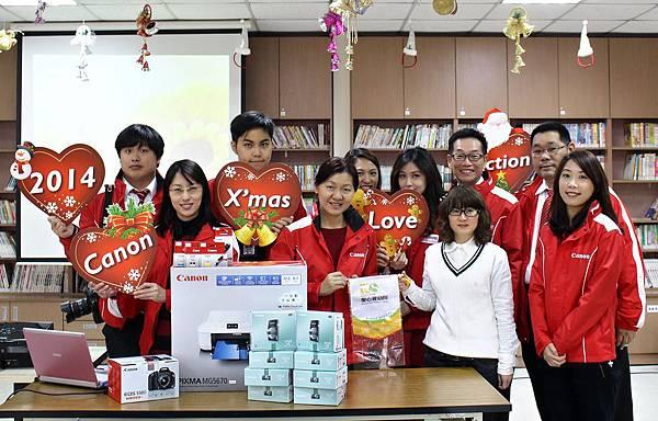 圖說九,傳遞溫暖到台北新莊愛心育幼院  Canon用影像陪伴孩子成長