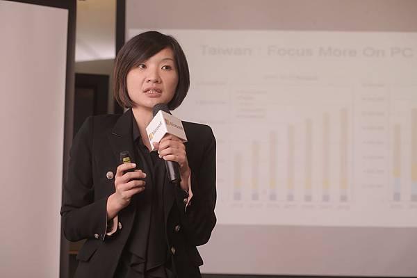 IDC研究副總監 江芳韻 分享PC與平板市場趨勢 分享微軟經濟實用筆電受到矚目