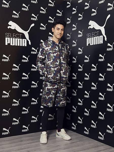 白梓軒(PUMA X MIHARA 輕量迷彩運動外套NT$4580; PUMA X MIHARA輕量造型短褲NT$3,780