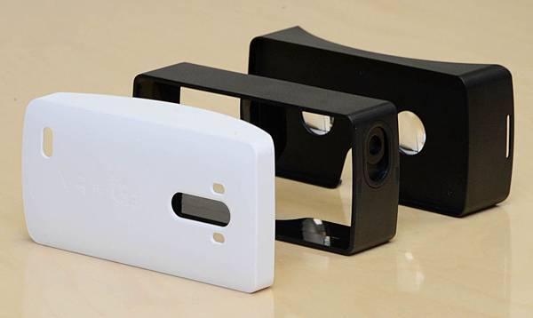 G3專屬VR虛擬視鏡承襲G3經典的Rear Key後置單鍵設計,還能與G3旗艦手機的1W大功率揚聲器與Boost AMP增益放大器完美搭配。