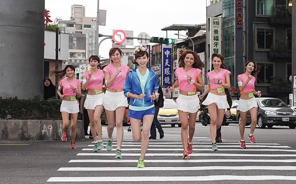 Mizuno年度品牌大使翁滋蔓自組姐妹淘團體-はなLady 為2015Mizuno Lady