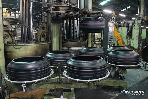 做工繁瑣的輪胎需5-7天以上的製作時間