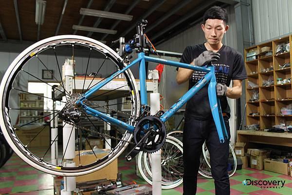 台灣挑戰材質限制,用鈦合金打造超輕量頂級自行車
