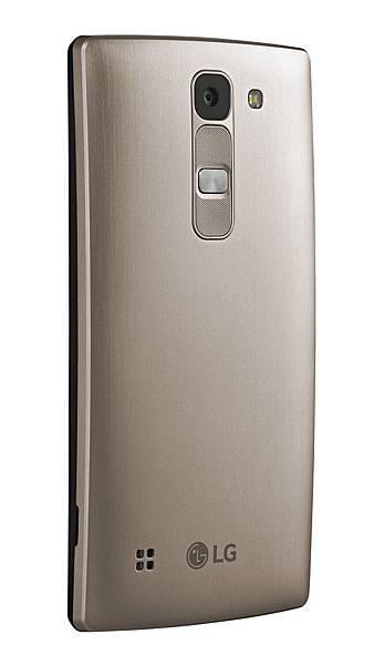 LG Spirit LTE微曲機擁有800萬像素主相機,豐富獨家UX功能,給予消費者更多元的拍照體驗