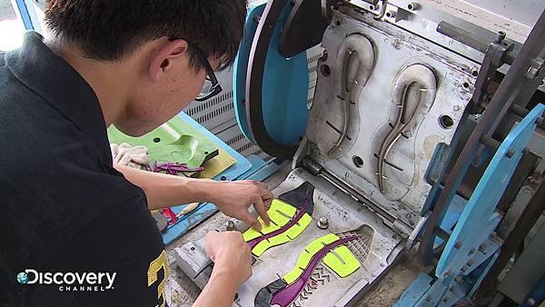 全球各大知名運動品牌的球鞋全部得仰賴台灣把關設計,才得以大量生產。