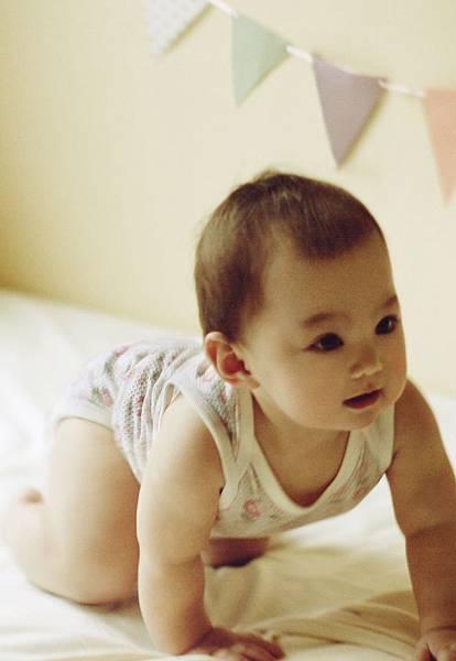 UNIQLO BABY登台兩周年慶,5,000份包臀衣免費體驗,凡於2015年1月1日到3月31日間出生寶寶,都有機會獲得UNIQLO BABY MESH新生兒網眼包臀衣。 (3)