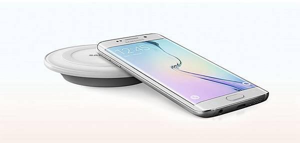 Galaxy S6與S6 edge領先市場趨勢,為通用無線充電標準樹立全新產業標竿。