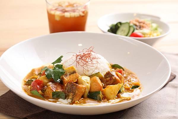 泰式黃咖哩鮮筍鮭魚飯