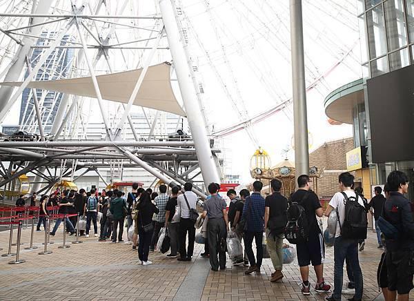 #爐Style我們的爐世代 現場百名玩家齊聚上摩天輪對戰《爐石戰記》
