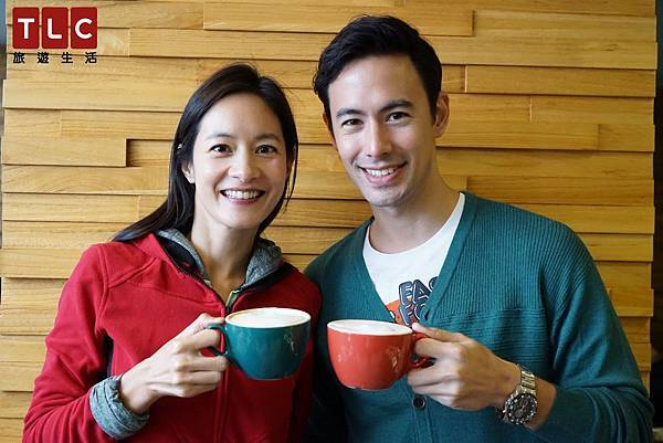 Janet帶George到台東吃旗魚大餐,喝咖啡享受甜蜜時光