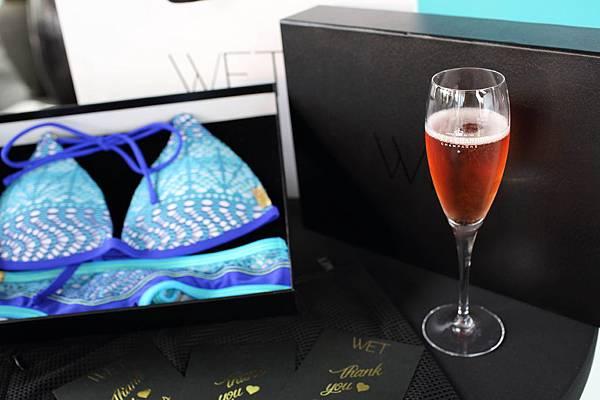 【0626 WET-新聞照片】WET與Moët & Chandon攜手合作,兩大時尚品牌激盪今夏池畔時尚的VIP頂級服務,來店即可享飲Moët Rosé 酩悅粉紅香檳乙杯