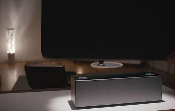 圖4) 旗艦級智慧無線藍牙揚聲器SRS-X99擁有旗艦質感,高品質聆聽不設「線」。