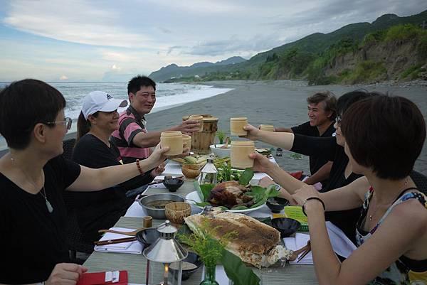 翰品酒店花蓮推出館外行程,由五星行動主廚帶領遊客於海天一線的花蓮海岸享用晚餐4