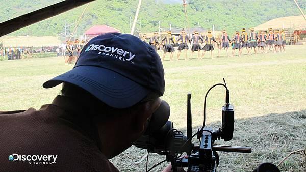 Discovery頻道拍攝團隊是雞年唯一全程紀錄台東達魯瑪克部落的小米收穫祭的媒體