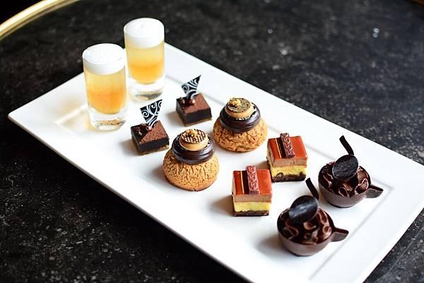(附件圖檔二)君品酒店雲軒西餐廳父親節創意甜點,苦甜巧克力蛋糕、雙色啤酒果凍等,滿足爸爸的味蕾