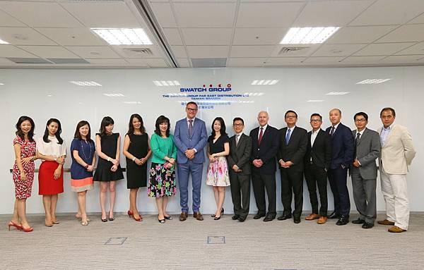 1.瑞士商斯沃琪瑞表Swatch Group台灣分公司品牌副總於新辦公司合影