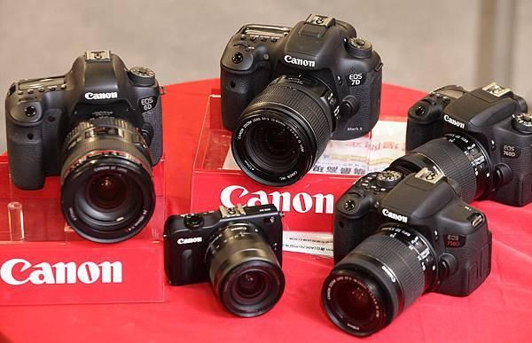 圖說三,Canon今日震撼宣布多款數位單眼相機價格大幅調降,最高降幅達七千元,現在買最划算